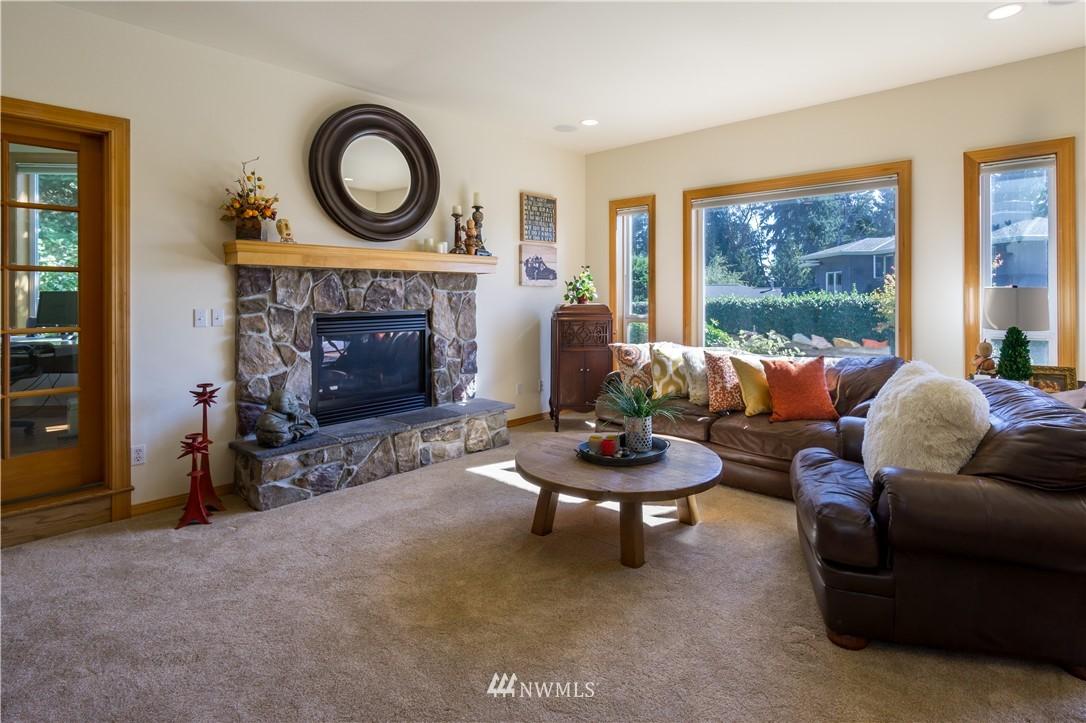Sold Property | 11224 Champagne Point Lane NE Kirkland, WA 98034 4