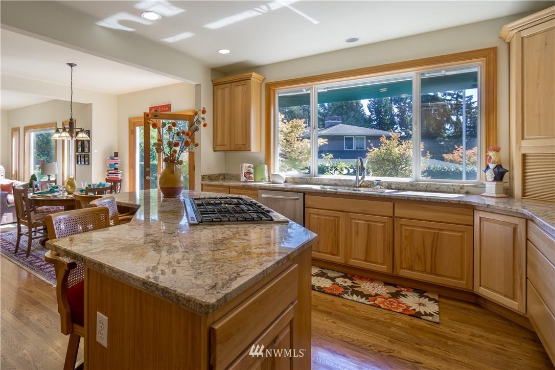 Sold Property | 11224 Champagne Point Lane NE Kirkland, WA 98034 8