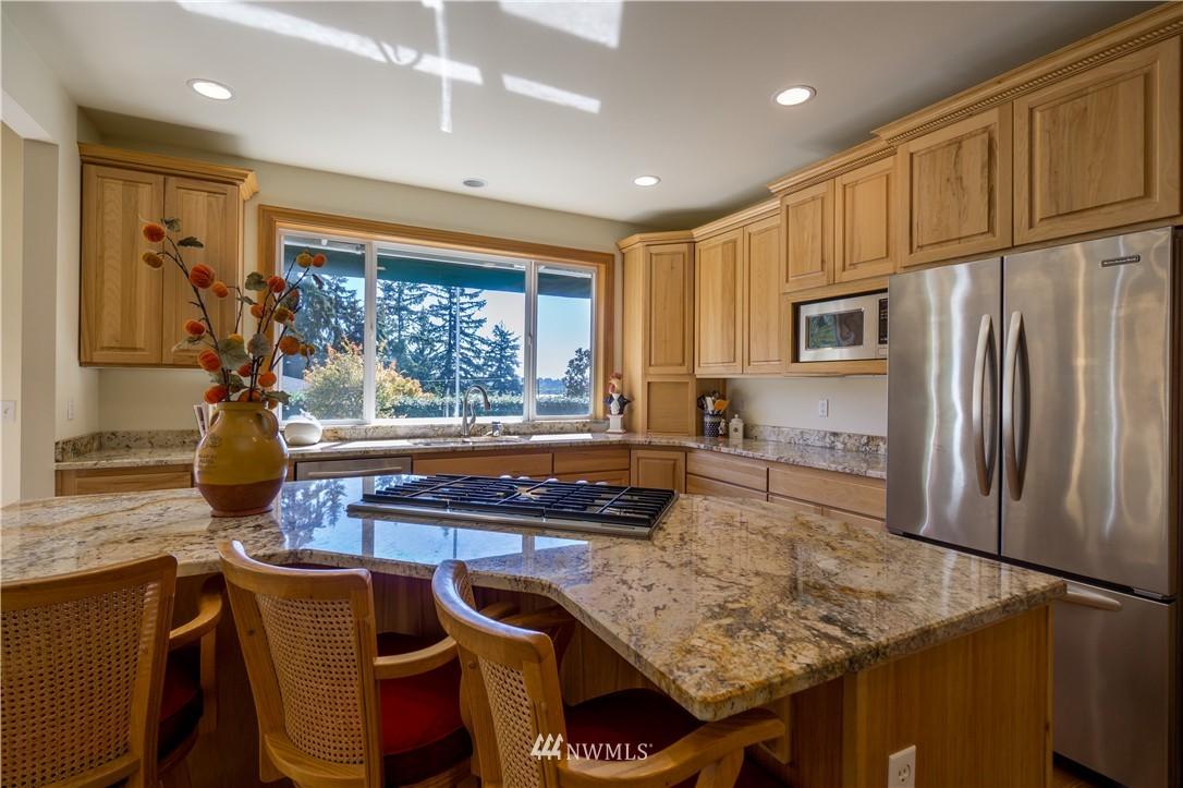 Sold Property   11224 Champagne Point Lane NE Kirkland, WA 98034 9