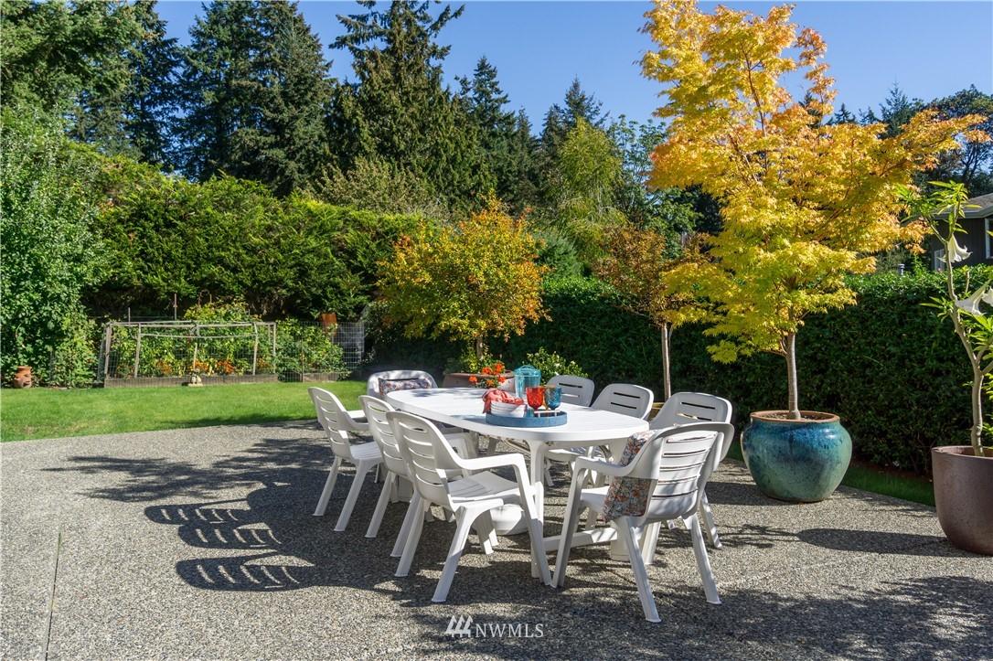 Sold Property | 11224 Champagne Point Lane NE Kirkland, WA 98034 10