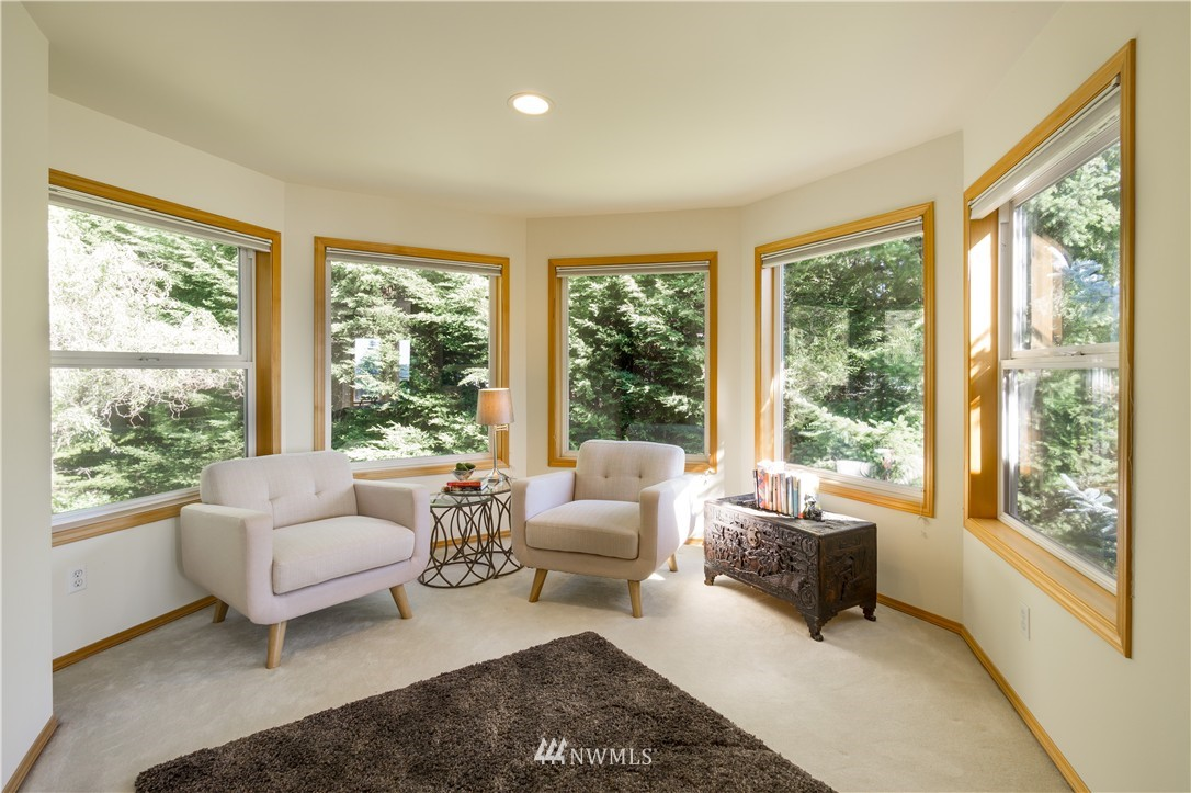 Sold Property   11224 Champagne Point Lane NE Kirkland, WA 98034 12