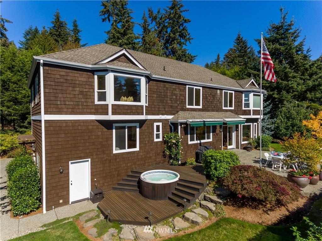 Sold Property   11224 Champagne Point Lane NE Kirkland, WA 98034 2