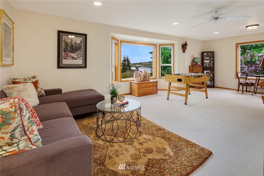 Sold Property   11224 Champagne Point Lane NE Kirkland, WA 98034 20