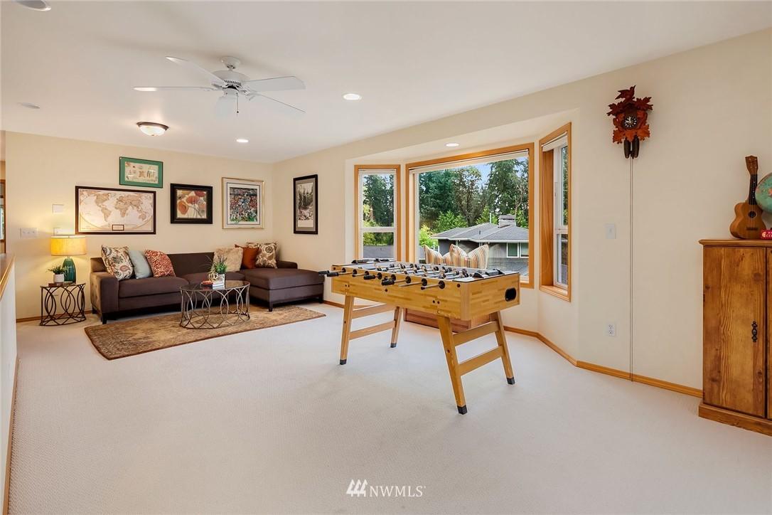 Sold Property   11224 Champagne Point Lane NE Kirkland, WA 98034 21