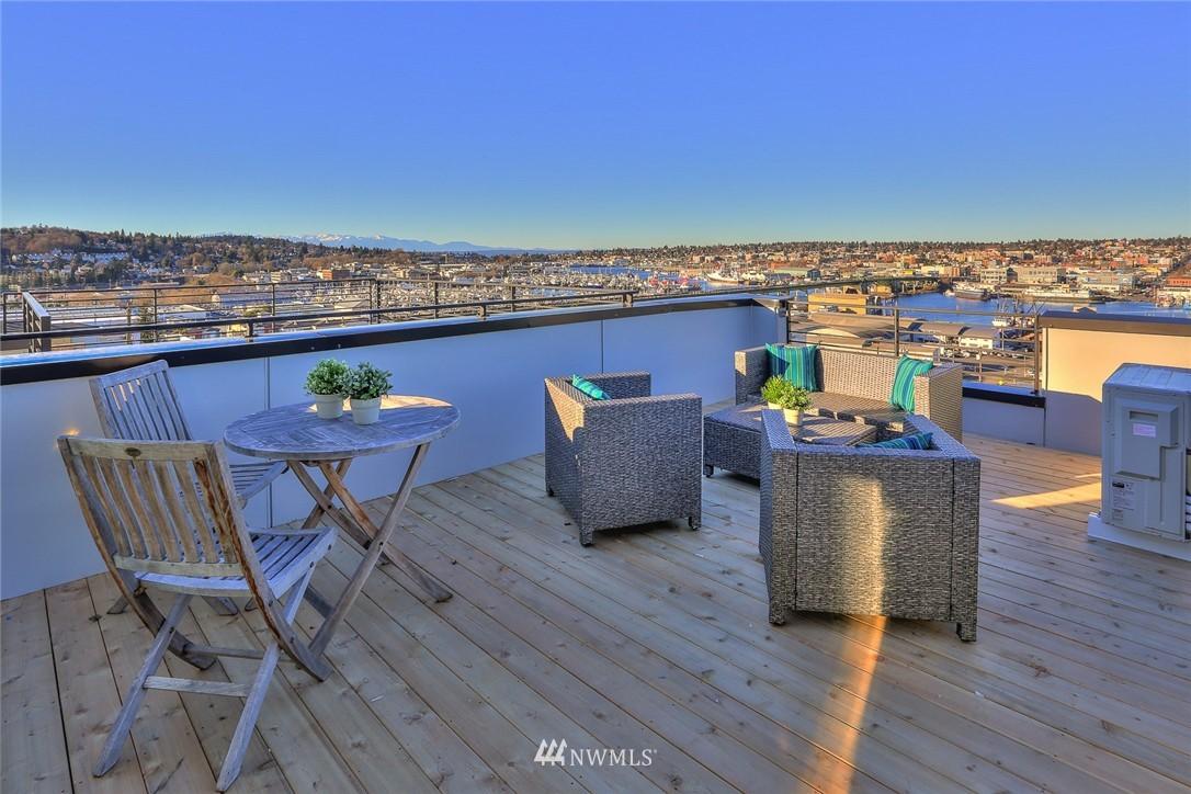 Sold Property   1232 W Emerson Street Seattle, WA 98119 24