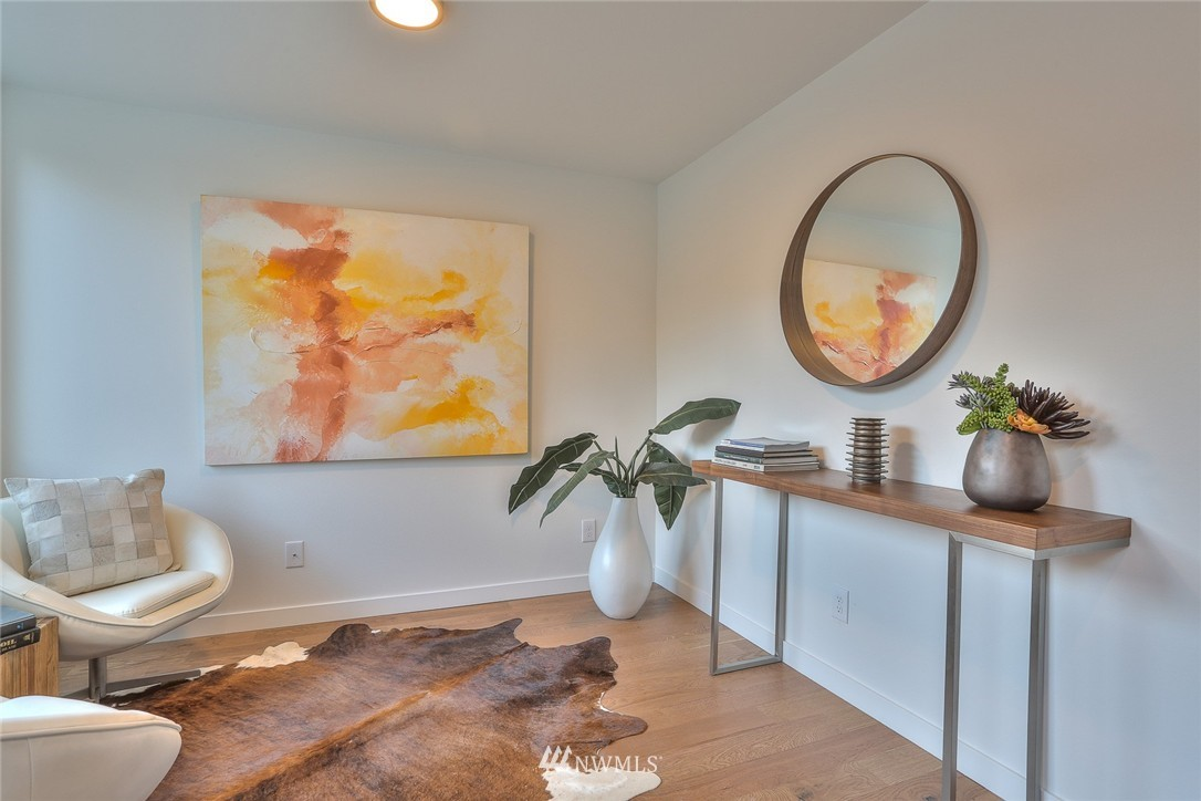 Sold Property | 1222 W Emerson Street Seattle, WA 98119 2