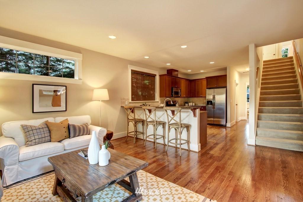 Sold Property | 4508 33rd Avenue W Seattle, WA 98199 8