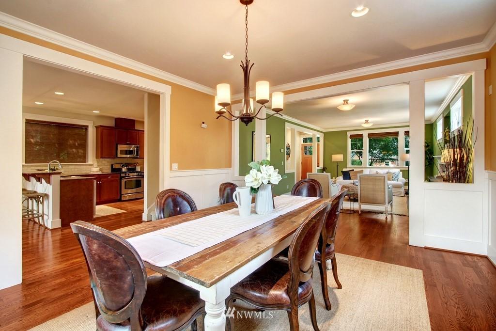 Sold Property | 4508 33rd Avenue W Seattle, WA 98199 6