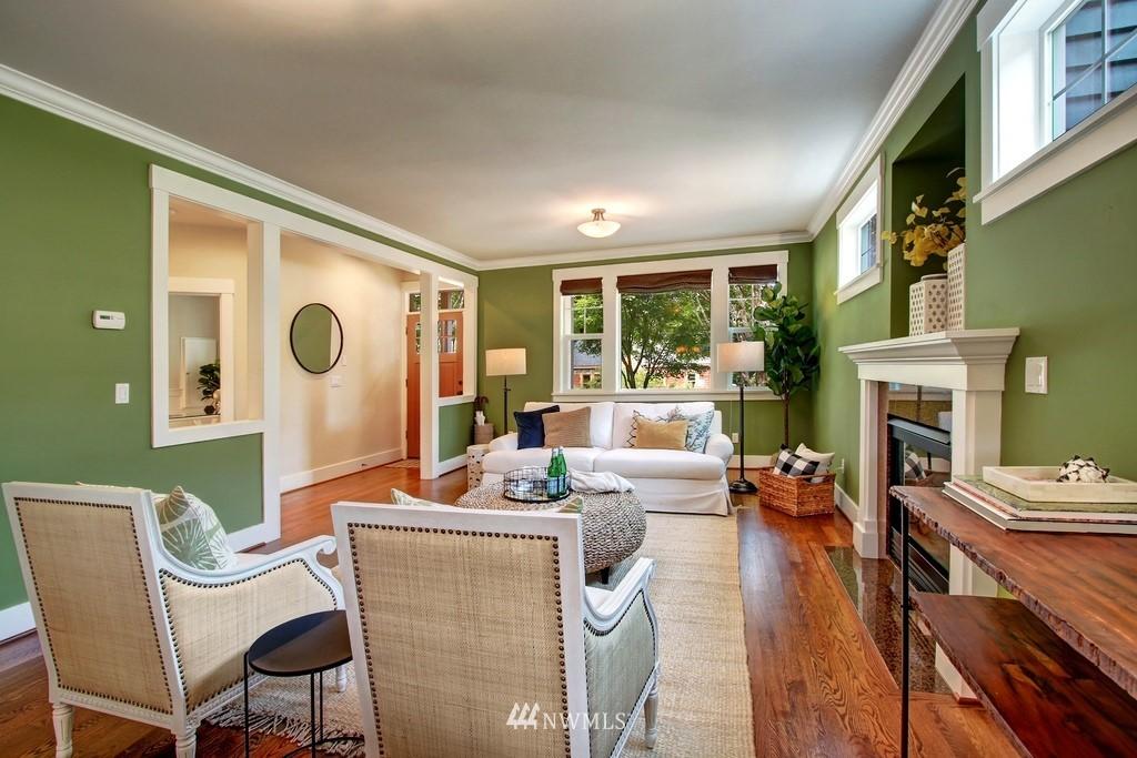 Sold Property | 4508 33rd Avenue W Seattle, WA 98199 5