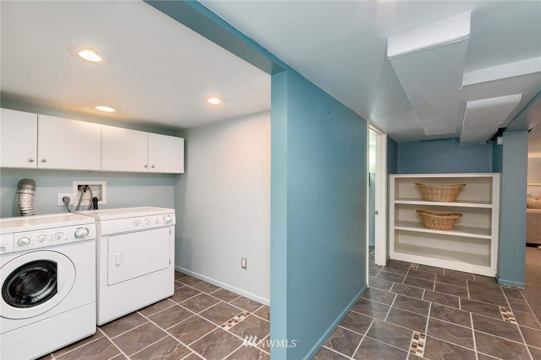 Sold Property | 310 NW 78th Street Seattle, WA 98117 23