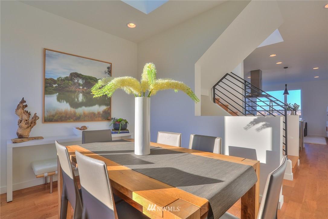 Sold Property   1220 W Emerson Street Seattle, WA 98119 7