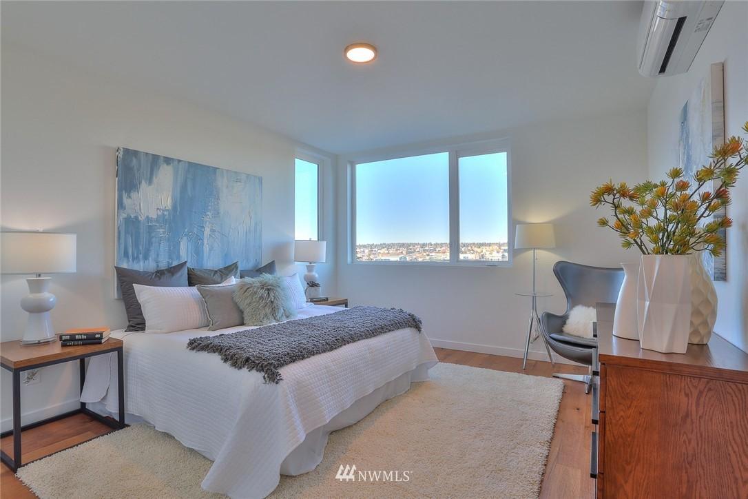 Sold Property   1220 W Emerson Street Seattle, WA 98119 16