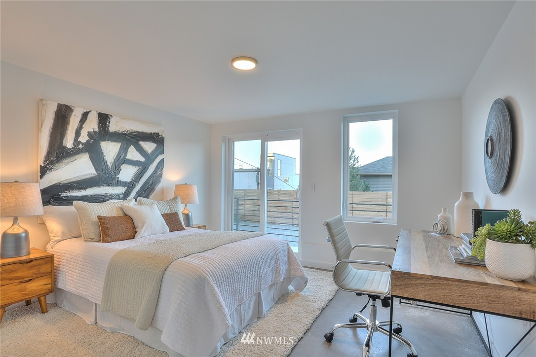 Sold Property   1220 W Emerson Street Seattle, WA 98119 19