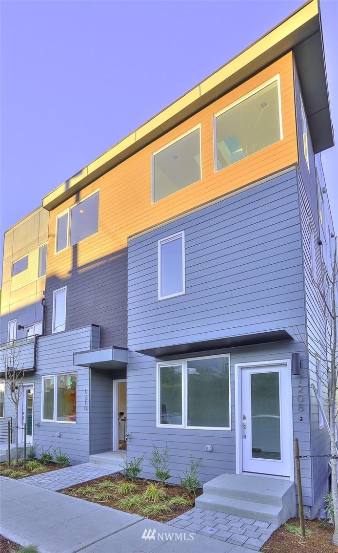 Sold Property   1220 W Emerson Street Seattle, WA 98119 21