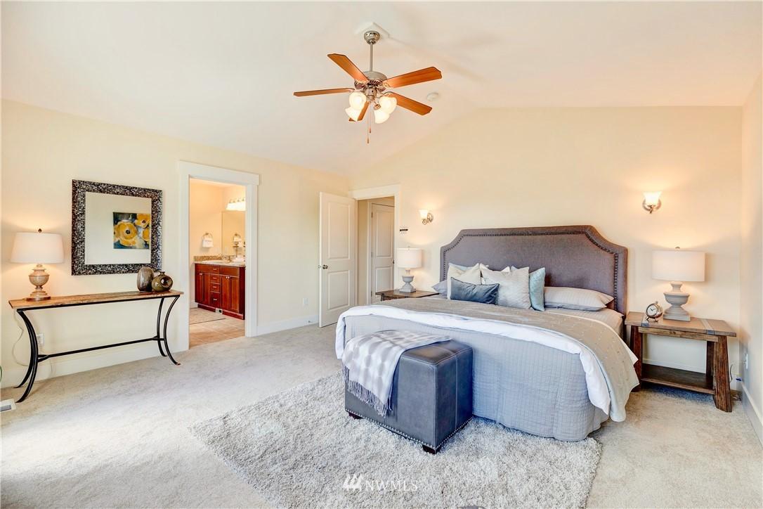 Sold Property | 844 64th Street Seattle, WA 98107 10