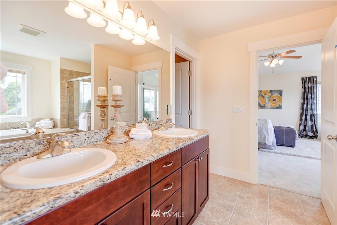 Sold Property | 844 64th Street Seattle, WA 98107 12