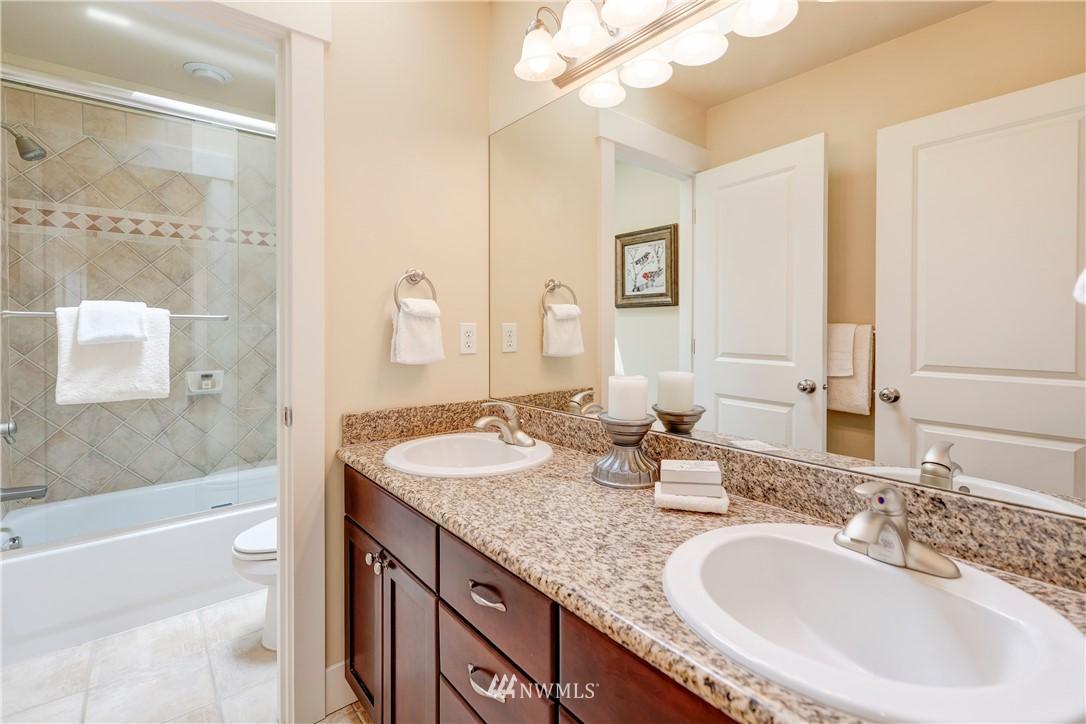 Sold Property | 844 64th Street Seattle, WA 98107 17