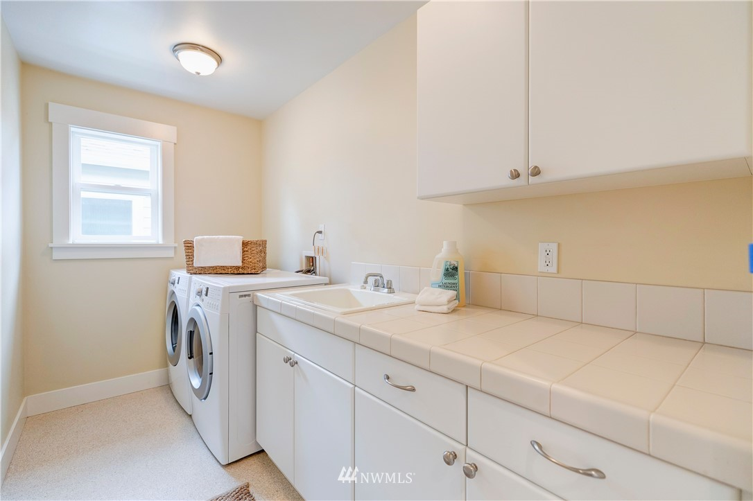Sold Property | 844 64th Street Seattle, WA 98107 18
