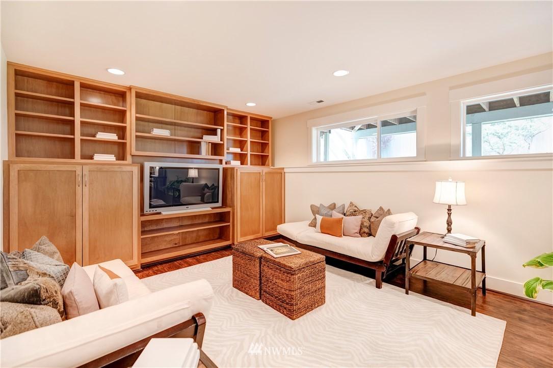 Sold Property | 844 64th Street Seattle, WA 98107 20