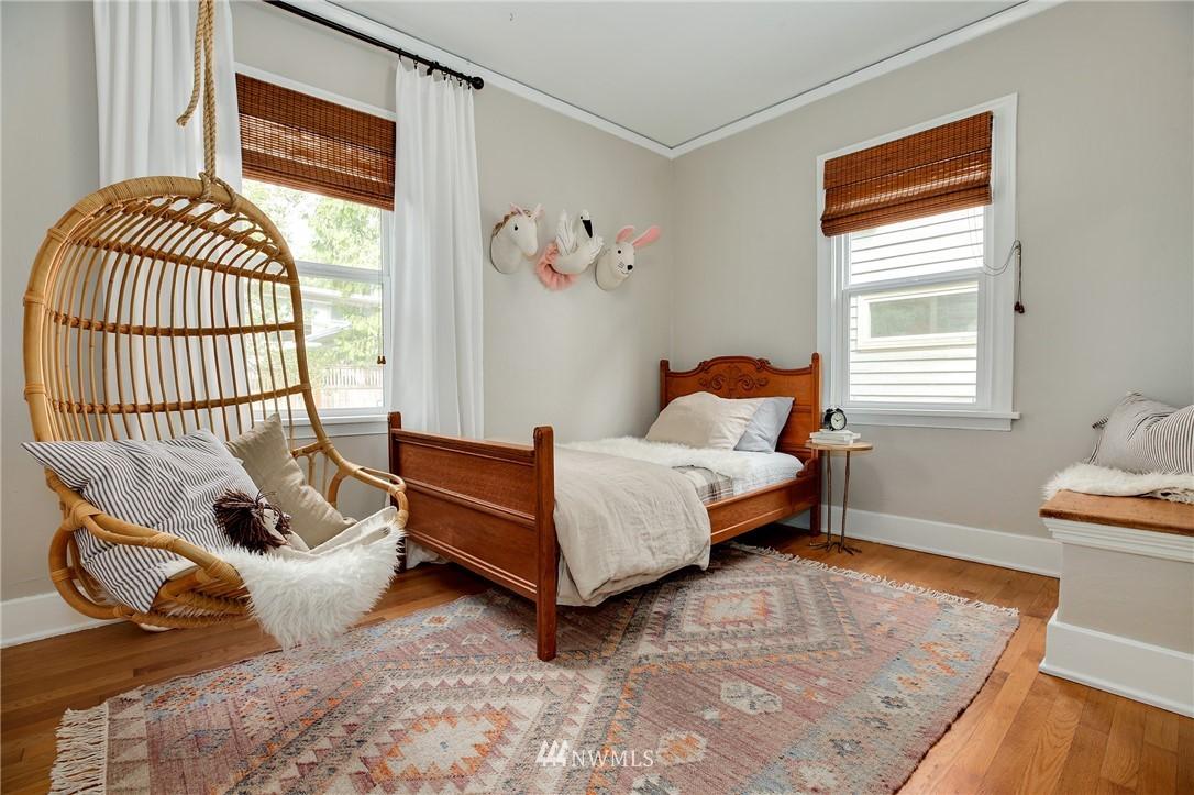 Sold Property | 6247 25th Avenue NE Seattle, WA 98115 9