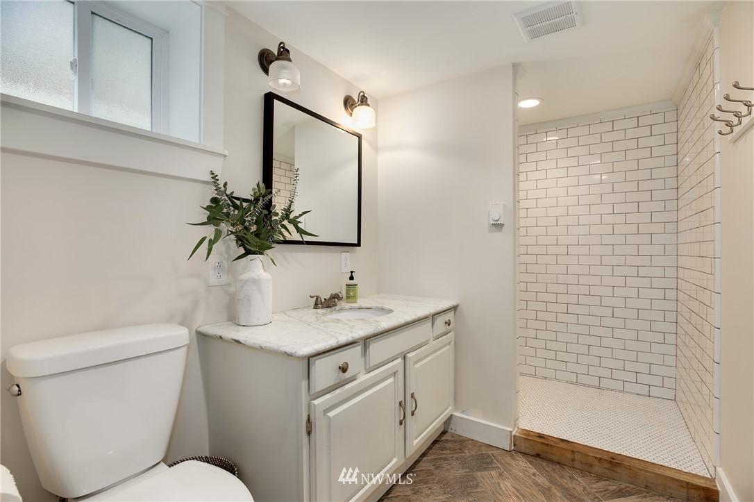 Sold Property | 6247 25th Avenue NE Seattle, WA 98115 18