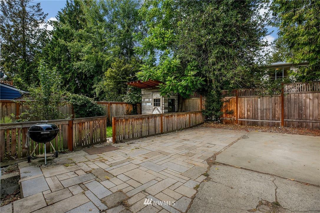 Sold Property | 6247 25th Avenue NE Seattle, WA 98115 19