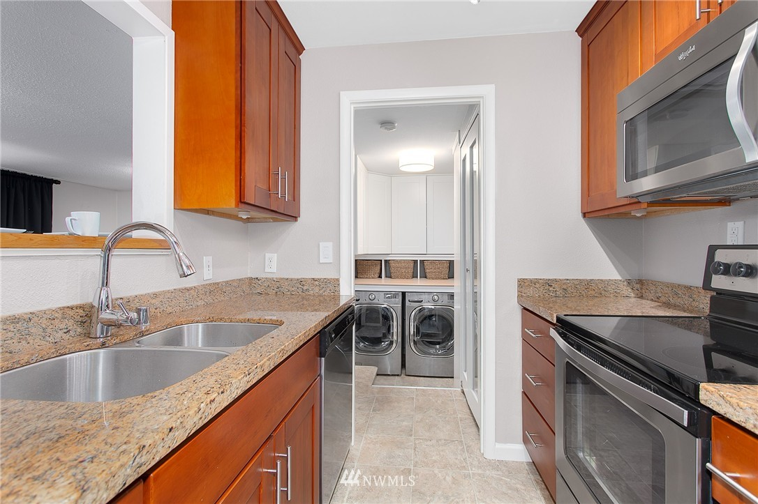 Sold Property   4915 SW Bruce Street Seattle, WA 98136 6
