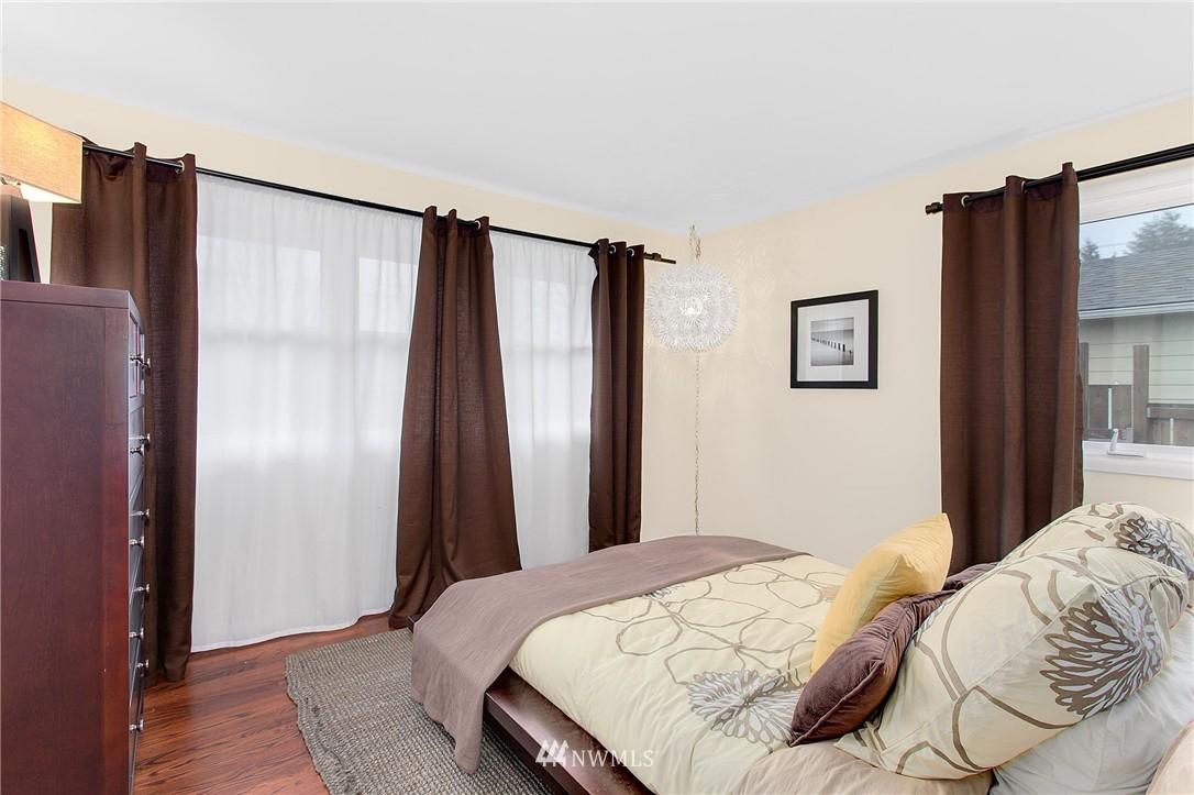 Sold Property   4915 SW Bruce Street Seattle, WA 98136 14