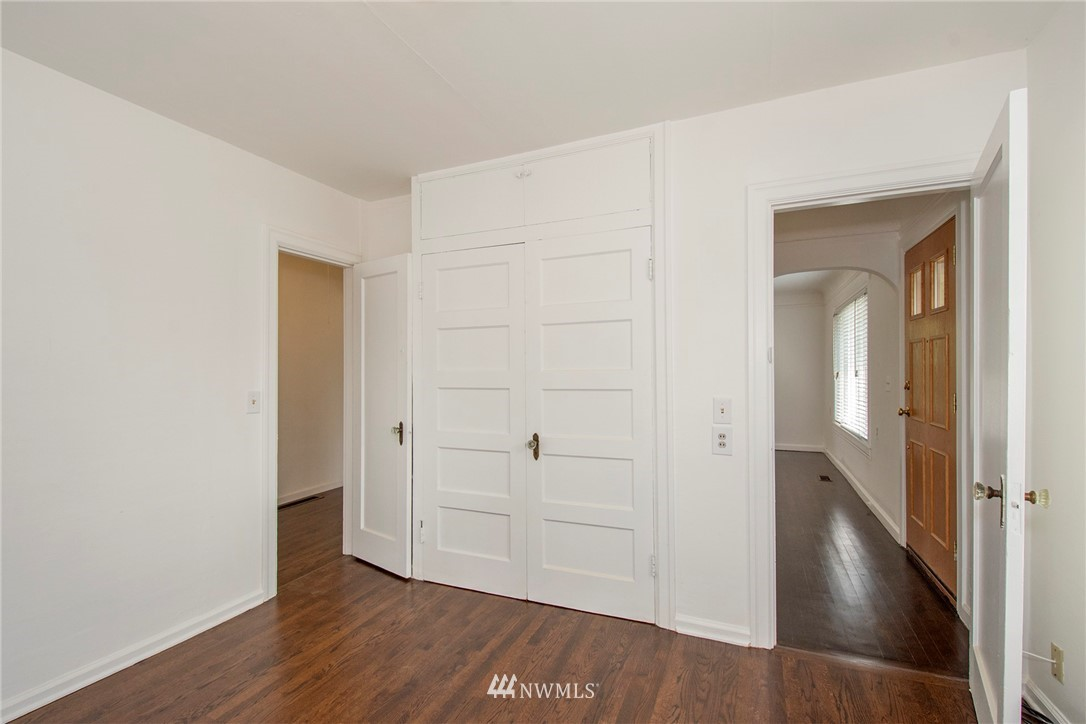 Sold Property   1236 S 101st Street Seattle, WA 98168 9