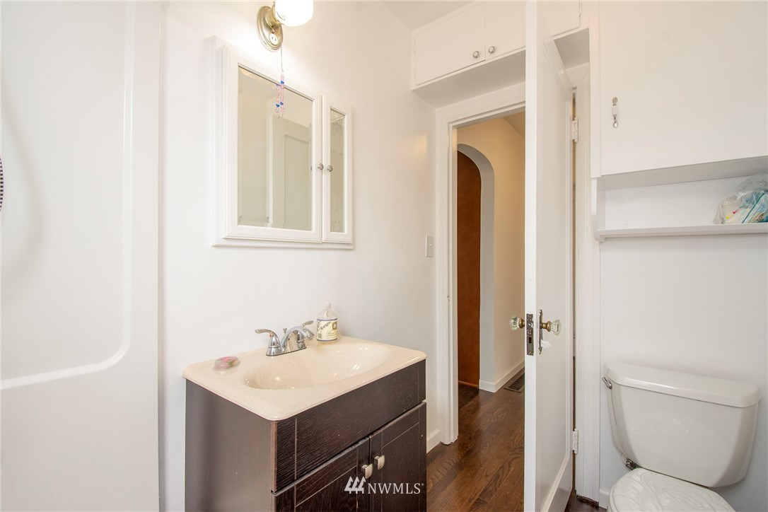 Sold Property   1236 S 101st Street Seattle, WA 98168 11