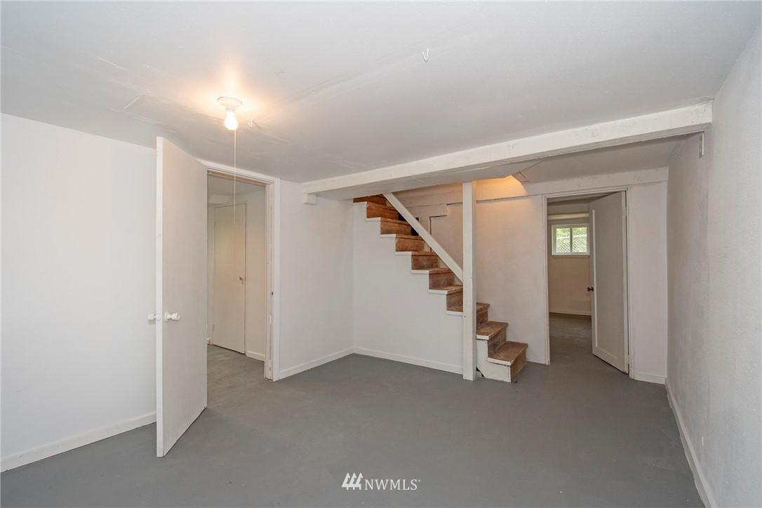 Sold Property   1236 S 101st Street Seattle, WA 98168 18