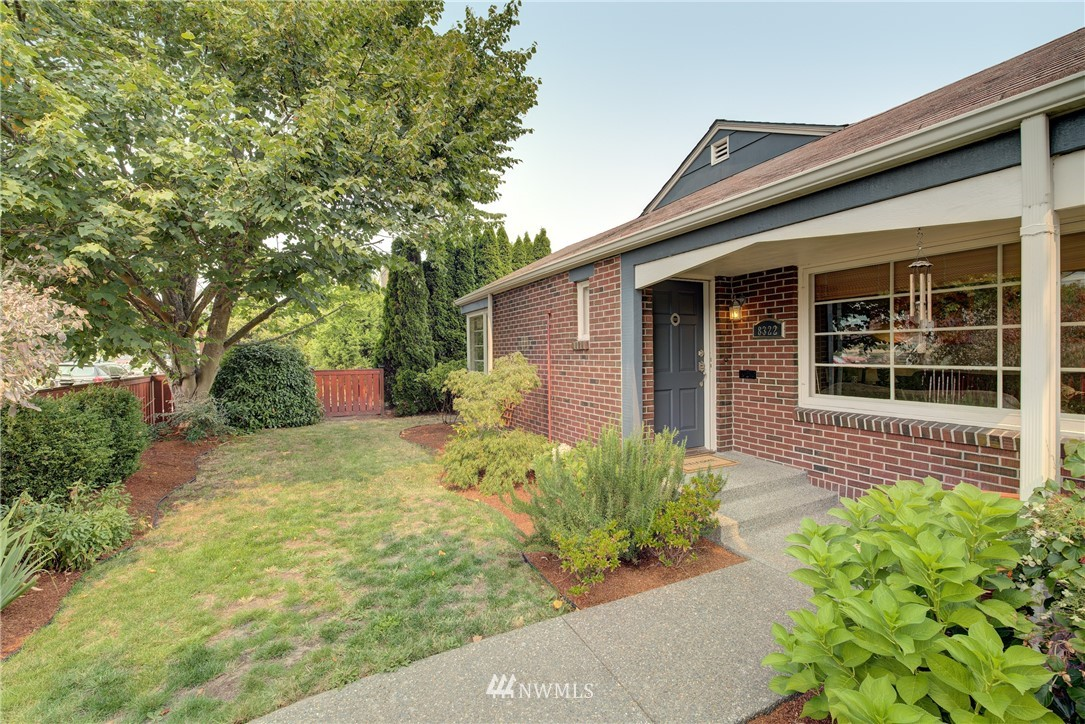 Sold Property | 8322 24th Avenue NW Seattle, WA 98117 0