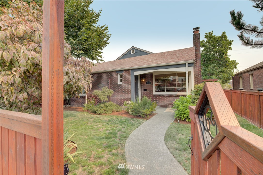 Sold Property | 8322 24th Avenue NW Seattle, WA 98117 2