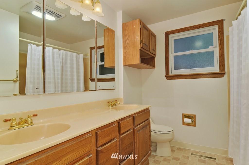 Sold Property | 19134 2nd Avenue NW Shoreline, WA 98177 17