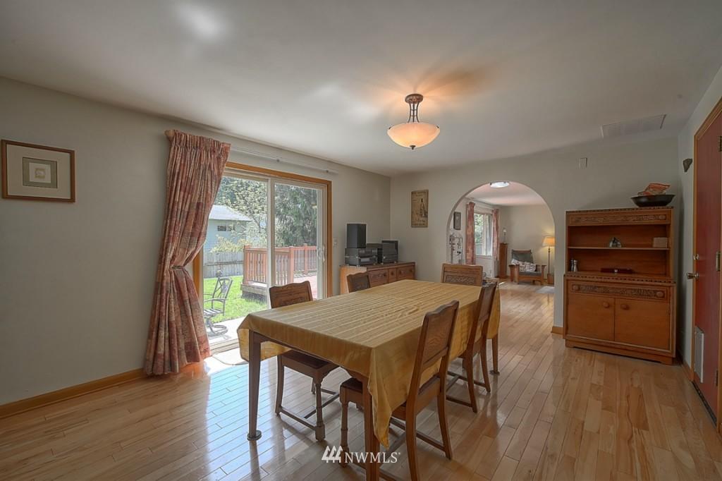 Sold Property | 3011 NE 194th Street Seattle, WA 98155 8