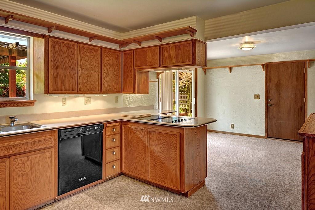 Sold Property   20028 18th Avenue NW Shoreline, WA 98177 5
