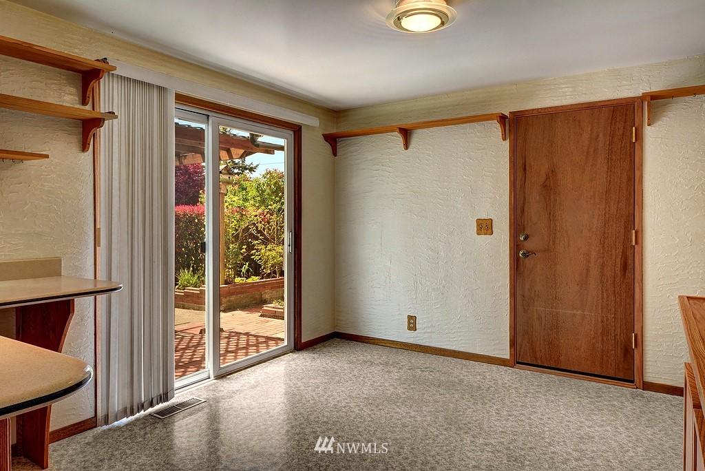 Sold Property   20028 18th Avenue NW Shoreline, WA 98177 6