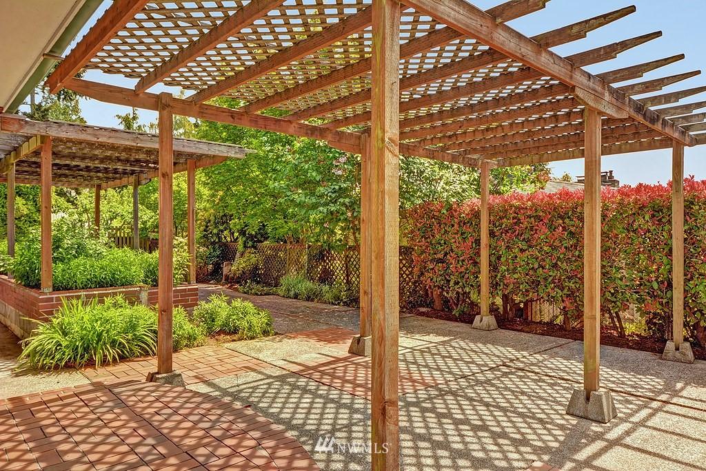 Sold Property   20028 18th Avenue NW Shoreline, WA 98177 14