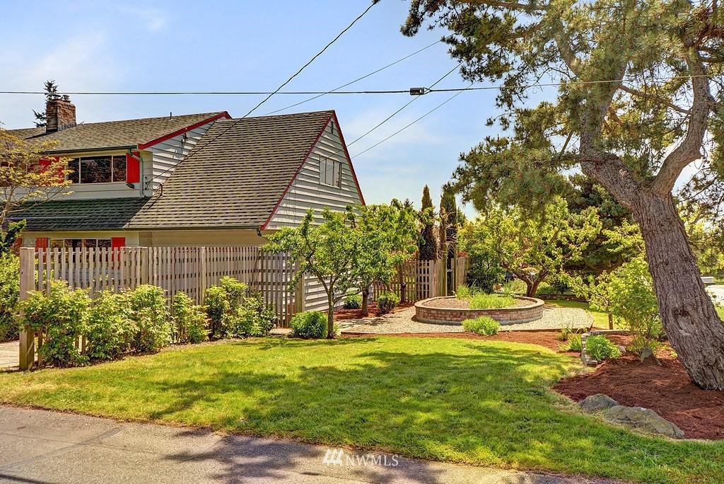Sold Property   20028 18th Avenue NW Shoreline, WA 98177 16