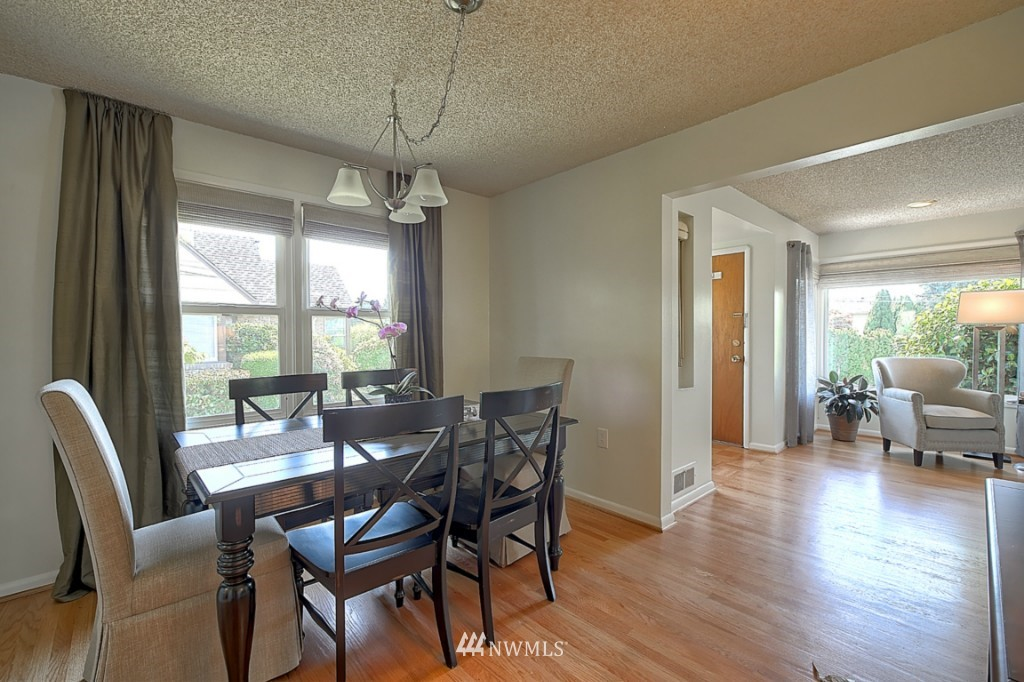 Sold Property | 12718 12th Avenue NW Seattle, WA 98177 4