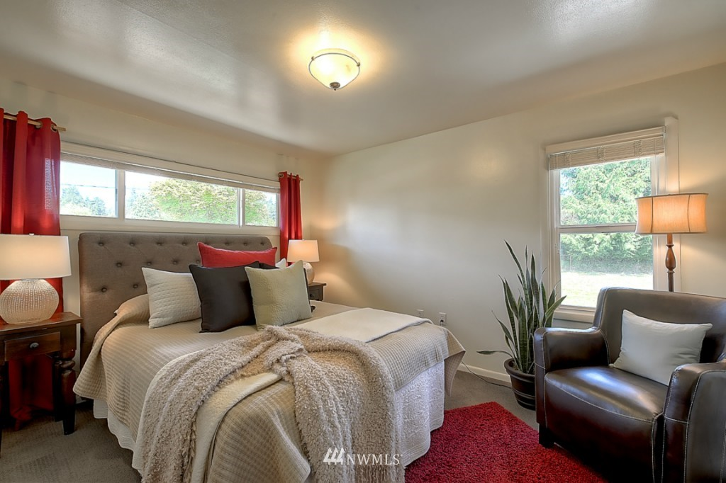 Sold Property   12718 12th Avenue NW Seattle, WA 98177 9