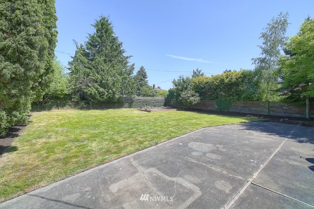 Sold Property | 12718 12th Avenue NW Seattle, WA 98177 13