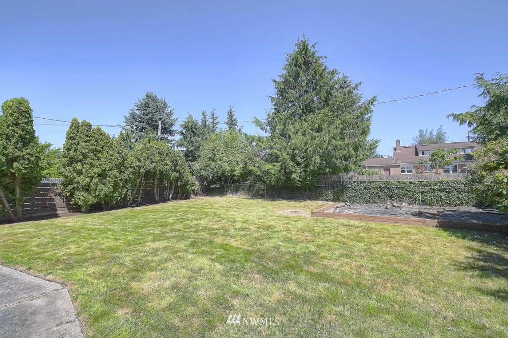 Sold Property | 12718 12th Avenue NW Seattle, WA 98177 14