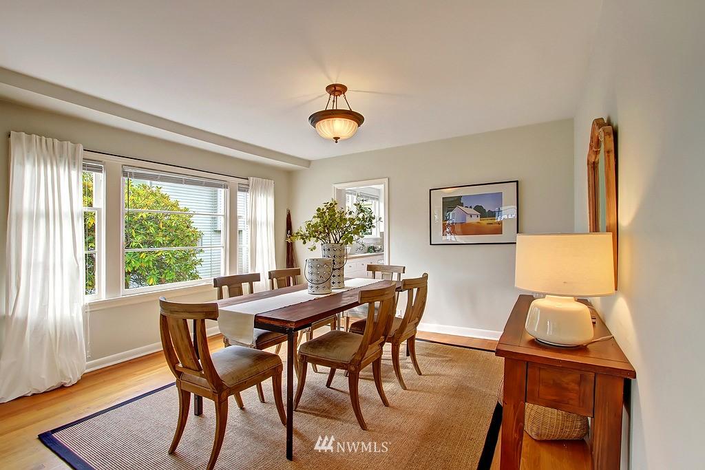 Sold Property | 6247 Palatine Avenue N Seattle, WA 98103 4