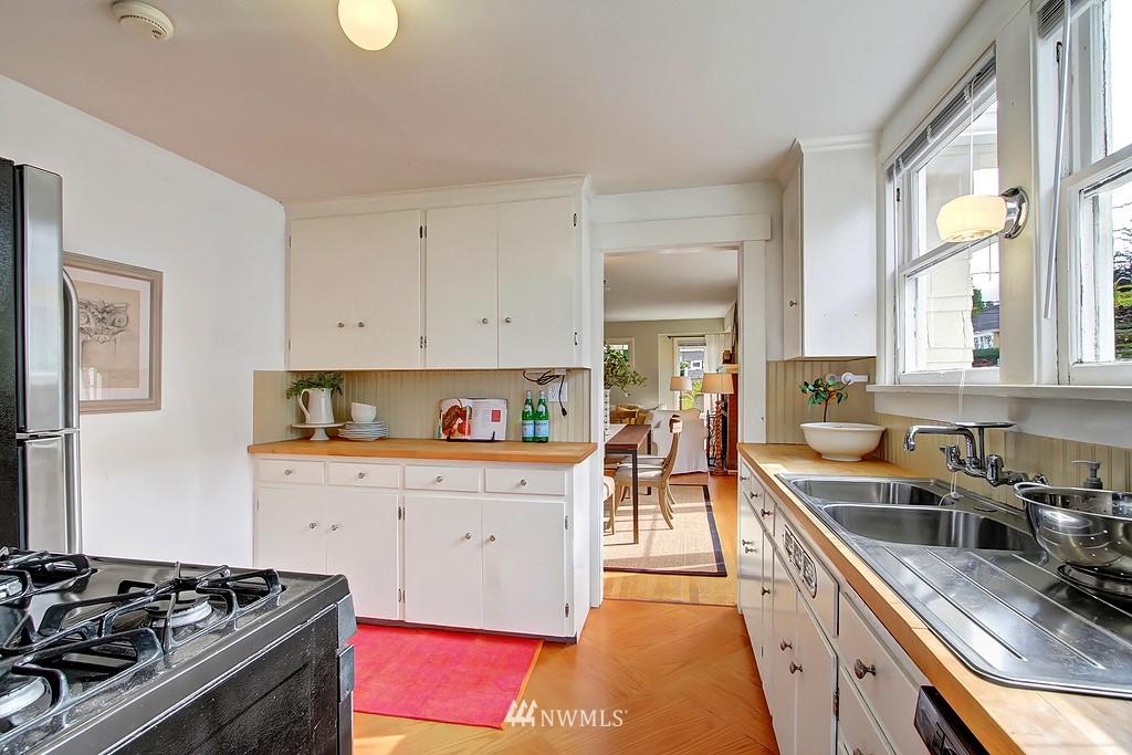 Sold Property | 6247 Palatine Avenue N Seattle, WA 98103 6