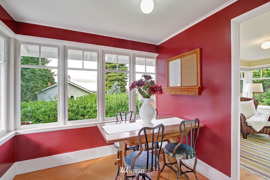 Sold Property | 6247 Palatine Avenue N Seattle, WA 98103 7