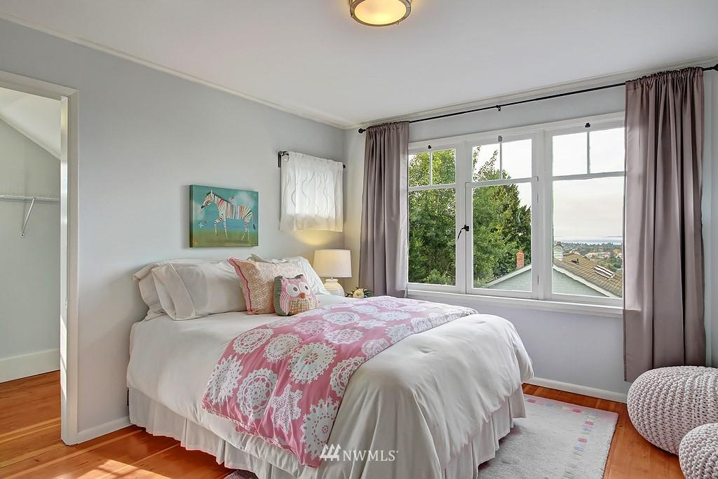 Sold Property | 6247 Palatine Avenue N Seattle, WA 98103 14