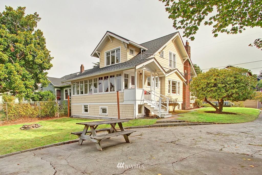 Sold Property | 6247 Palatine Avenue N Seattle, WA 98103 17