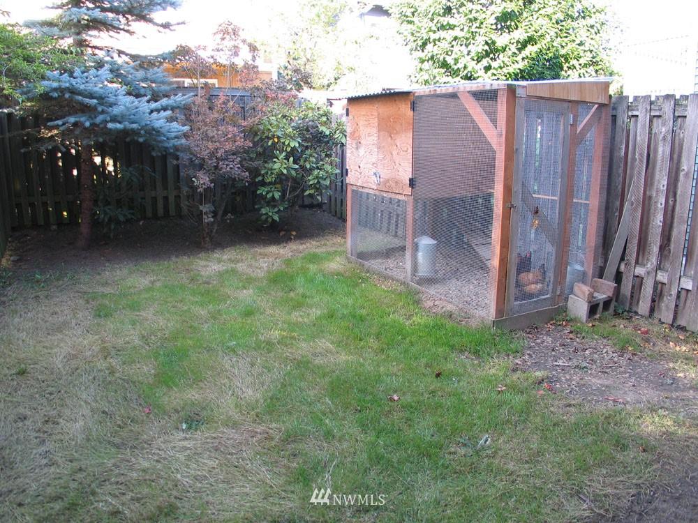 Sold Property | 806 NW 52nd Street Seattle, WA 98107 15