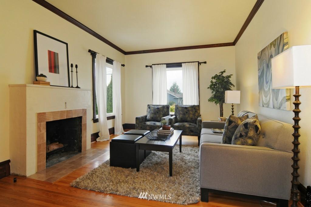 Sold Property | 8006 Stroud Avenue N Seattle, WA 98103 4